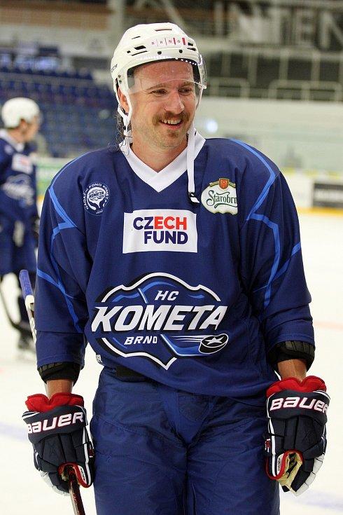První trenink hokejové Komety Brno v DRFG aréně - Lukáš Kašpar.