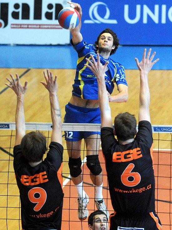 Brněnští volejbalisté si extraligu zahrají i v příští sezoně.