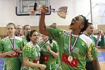 Basketbalistky Králova Pole vyhrály Středoevropskou ligu CEWL a v pětapadesátileté historii klubu získaly první zlaté medaile. V nedělním finále zdolal brněnský celek slovenské Piešťany 65:53.