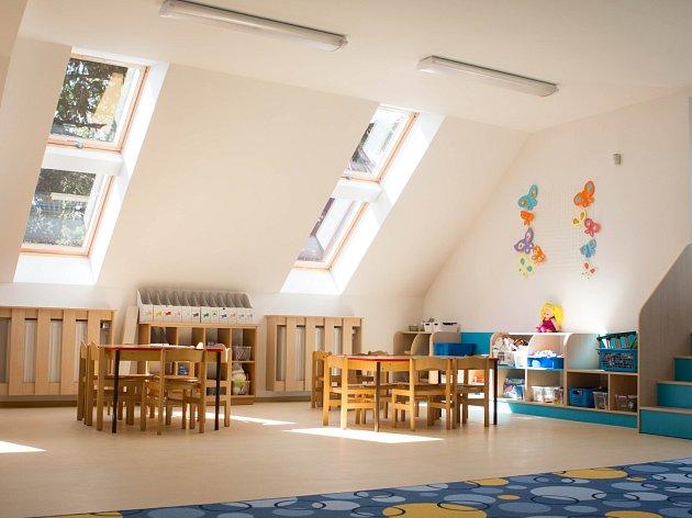 Za deset milionů korun dělníci přestavěli Mateřskou školku U Lípy Svobody v brněnské městské části Tuřany.
