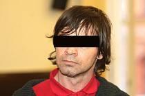 Muž z Brněnska podle obžaloby znásilnil svou dceru.