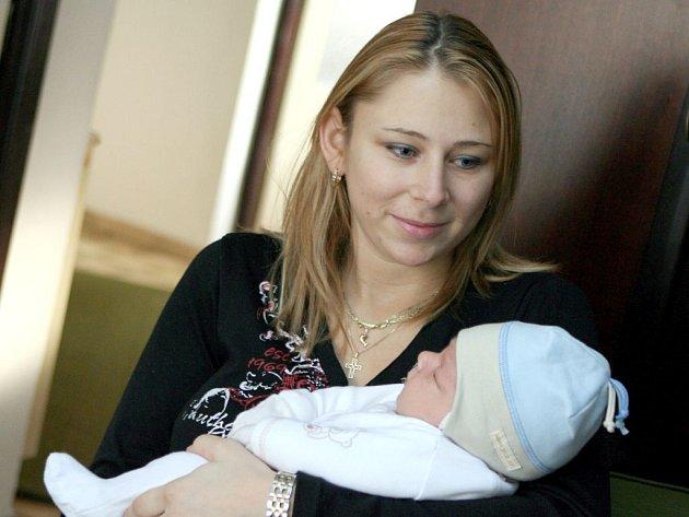 Lenka Holešovská s malým Davidem
