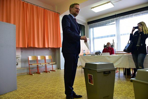Lídr ODS Petr Fiala volil v Brně.