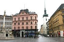 Začátkem 20. století vznikla v místě Hřbitovní uličky současná Rašínova ulice.