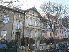 Novou podobu má získat stará vila s číslem 37. Má se proměnit v pětipatrový bytový dům.
