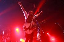 Kapela Kryštof předvedla v Brně neuvěřitelnou show. Rochard Krajčo se natají, že se efekty na koncertě nechali inspirovat u svých oblíbenců Coldplay.