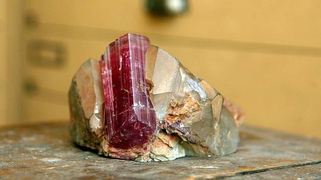 Depozitář mineralogickopetrografického oddělení Moravského zemského muzea v Brně obsahuje rozsáhlou sbírku minerálů a hornin.