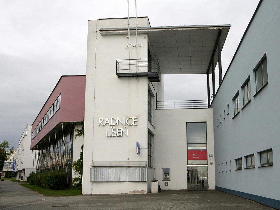 Radnice v Líšni. Ilustrační fotografie.