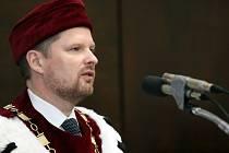 Rektor univerzity Petr Fiala.