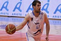 Basketbalista Jaroslav Prášil.