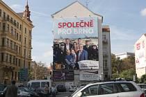 Zaměnitelné a bez jednoznačného sdělení jsou podle odborníků předvolební slogany brněnských politických stran.
