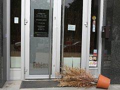 Bývalí majitelé restaurace Bohéma svoji firmu prodali.