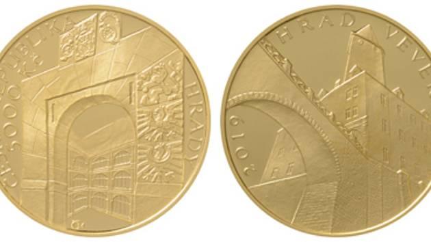 Zlatou minci s motivem hradu Veveří ležícího u Brněnské přehrady vydala v úterý Česká národní banka. Peníz v hodnotě pět tisíc korun je součástí cyklu mincí Hrady.