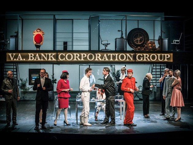 Figaro v prostředí banky? Nově ve ztřeštěné komedii.