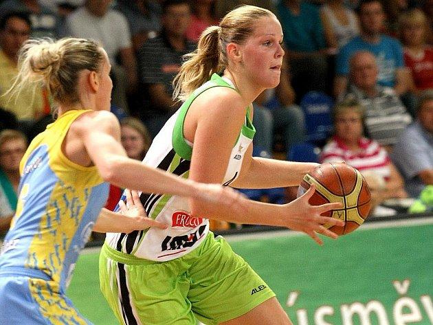 Basketbalistka brněnského Frisca Alena Hanušová.
