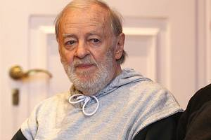 Herec Jiří Pecha.