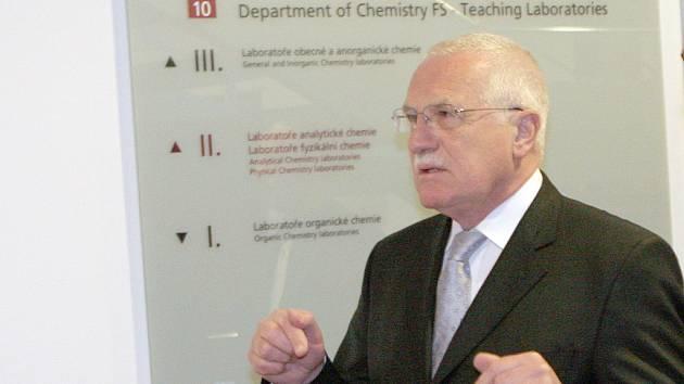 Prezident Václav Klaus navštívil bohunický Kampus Masarykovy university v Brně