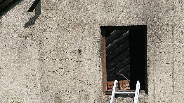 Požár domu v Kaštanové ulici v brněnských Ivanovicích.