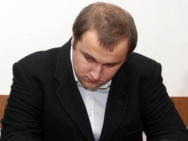 Filip Rybář u brněnského soudu.