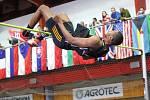 Olympijský vítěz z Londýna Ivan Uchov na Hustopečském skákání překonal 230 centimetrů a vyhrál na jihu Moravy ze šesti svých účastí už popáté.