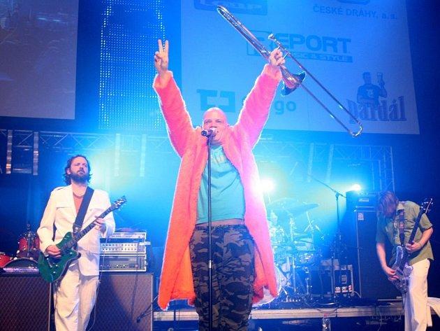Freak Power patří spolu s Jamiroquai mezi nejznámější skupiny acidjazzové éry.