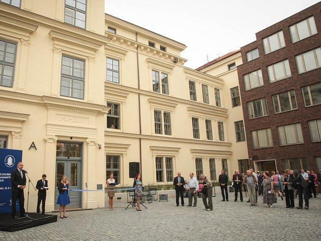 Nové zázemí se otevřelo studentům Filozofické fakulty Masarykovy univerzity v Brně.