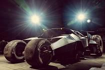 Největší atrakcí Gumballu 3000 je dvouapůltunový Batmobil.