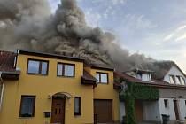 V Ořešíně ve středu večer hořel rodinný dům.