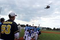 Army day na baseballovém stadionu. Ilustrační foto.