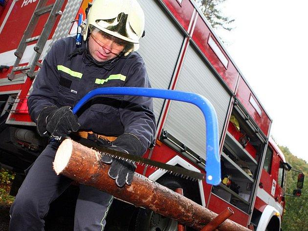 Soutěž hasičských dovedností ve Vranově u Brna.