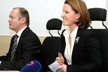 Karolína Peake na setkání s hejtmanem Michalem Haškem.