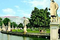 Moravské náměstí v Brně podle návrhu architekta Petra Hrůši.