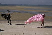 Betty Boob On The Beach - Pat Olezsko.