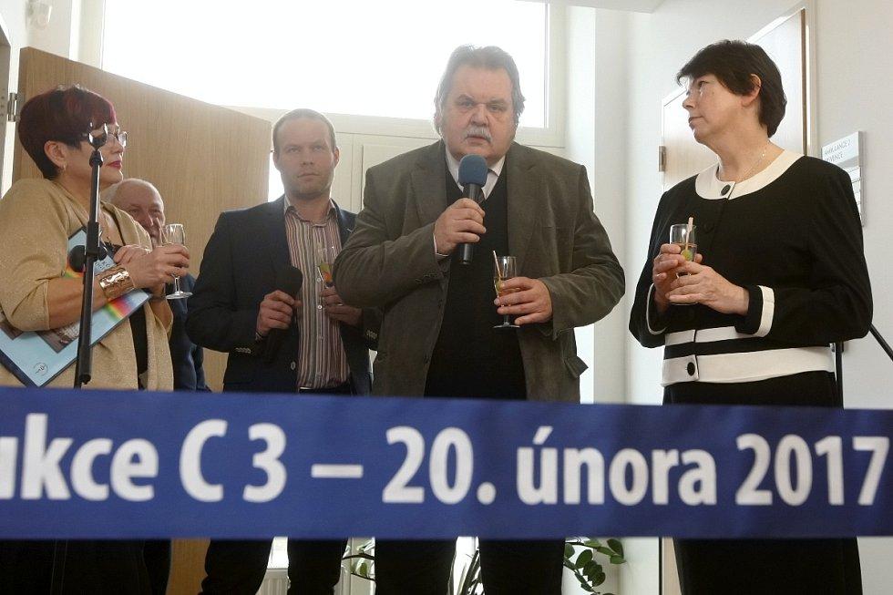 Masarykův onkologický ústav v Brně slavnostně otevřel zrekonstruovaný blok pro centrum prevence a gastroenterologické oddělení.