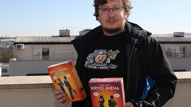Autor oblíbené deskové hry Krycí jména Vladimír Chvátil.