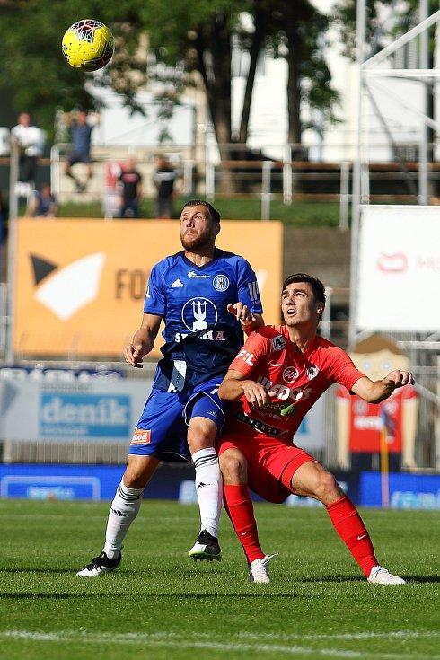4. kolo FORTUNA:LIGY: FC Zbrojovka Brno (červená - Pachlopník) - SK Sigma Olomouc 2:4.