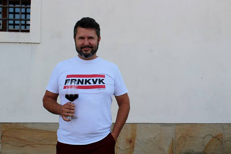 Vinař Jan Stávek z Němčiček na Břeclavsku.
