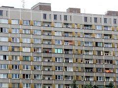 Panelový dům - ilustrační fotografie.