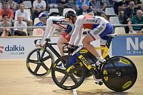 Pavel Kelemen (vpravo) zdolal olympijského vítěze z Londýna Jasona Kennyho.