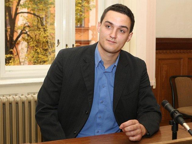 Obžalovaný Jakub Stehlík u Krajského soudu v Brně.