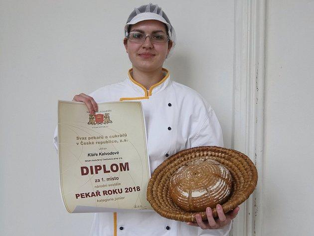 Vítězka soutěže Pekař roku 2018 kategorie junior Klára Kalvodová.