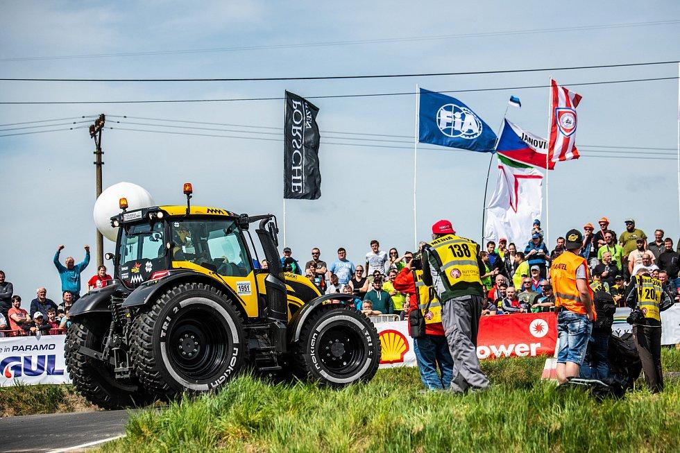 Martin Macík a Jan Brabec se zúčastnili 54. ročníku Rallye Šumava Klatovy. Závodili v Traktoru.