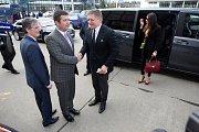 Druhý den sjezdu se nesl v duchu schvalování dlouhodobého programu strany. Se svým projevem zavítali na brněnské výstaviště také zahraniční hosté, jako rakouský poslanec Hannes Weninger nebo slovenský premiér Robert Fico.