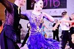 Zamilovaná rumba, vážný waltz nebo energetická cha-cha. Standardní i latinskoamerické tance v podání světových závodních tanečníků si mohli prohlédnout návštěvníci brněnského univerzitního kampusu v Bohunicích.