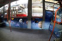 Brněnská Údolní ulice se v neděli po roční opravě otevře. Jako první jí projede vesmírná tramvaj.