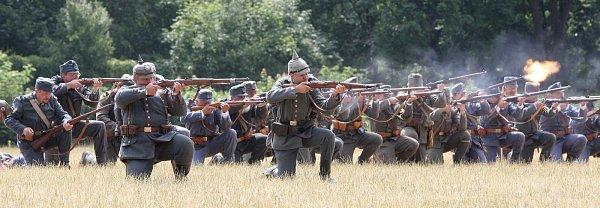Manévry vojsk při příležitosti stoletého výročí začátku prvvní světové války vBrně.