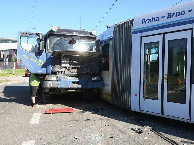 Nehoda v Purkyňově ulici.