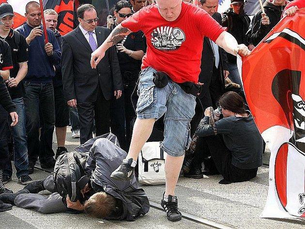 Pochod extremistů Brnem - Ilustrační fotografie.