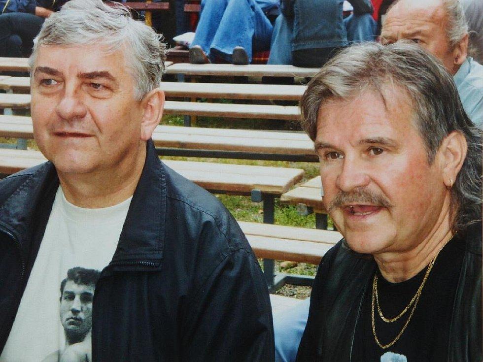 Radek Rettegy s Miloslavem Donutilem.