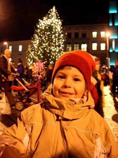 Rozsvěcování vánočního stromku